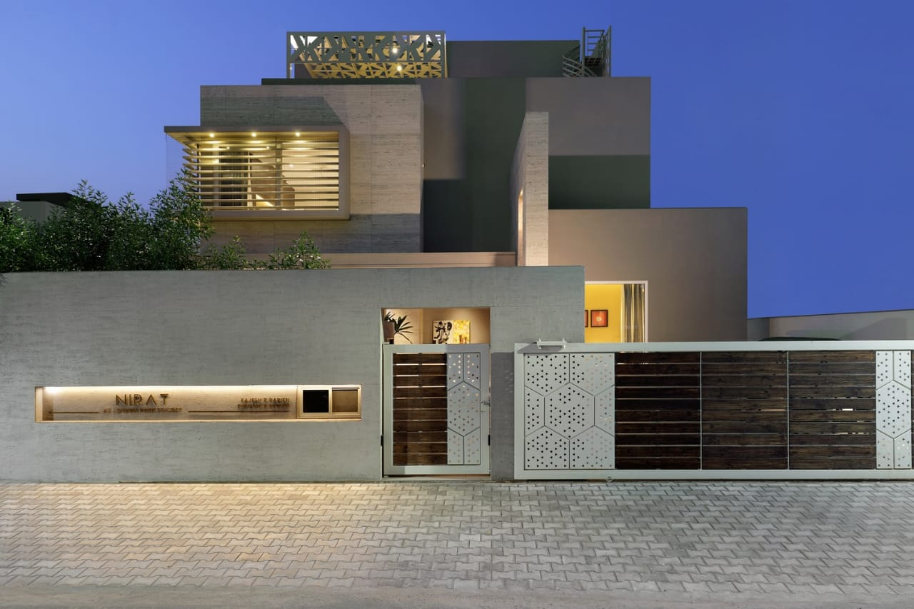 Residential House on straight Lines